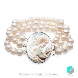 Camea - Перлена триредна гривна с медальон Камеа АА 8 - 8.5 мм 12937