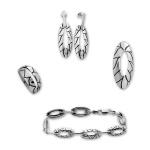 Blancheflor -  Сребърен комплект от четири  части без Камъни - Обеци, Висулка, Пръстен и Гривна  8000007-Сребърни бижута