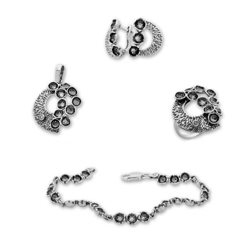 Samantta -  Сребърен комплект от четири части с Циркони - Обеци, Висулка, Пръстен и Гривна 8000011-Сребърни бижута