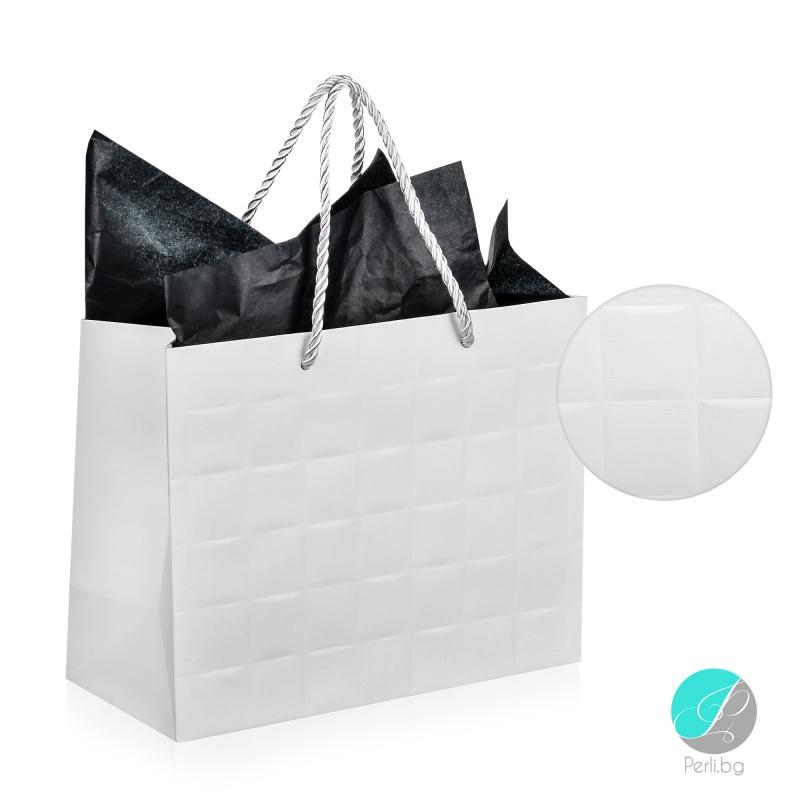 "Gift bag - Луксозна подаръчна торбичка ""Каре"" - бяла-"