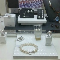 Перлени бижута от колекция Yuno