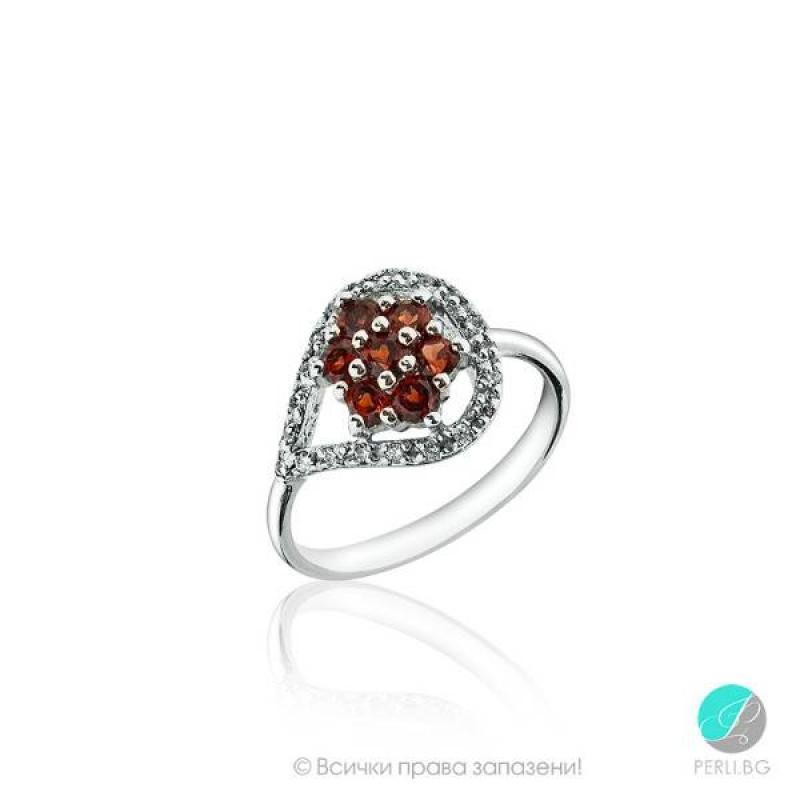 Пръстен Garnet с циркони ,сребро и Гарнет-Естествени камъни