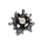 Сребърен медальон с перла 190869-Медальони